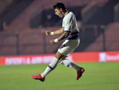 Paraguayos se destacan en la Copa de la Superliga