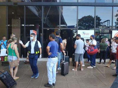 Hubo mucha queja de brasileños por no poder pasar a Foz de Yguazú