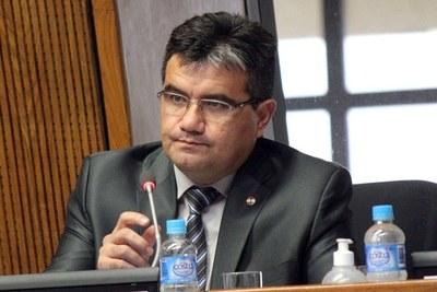 Coronavirus: Diputado aplaude seguridad de Mazzoleni y critica actitud de Villamayor y Acevedo
