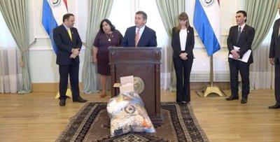 Gobierno entregará kits de alimentos y de limpieza