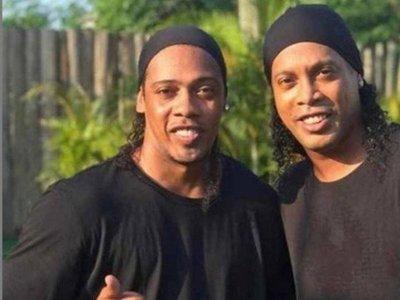 Tras la detención de Ronaldinho, su doble se forra de plata en Brasil
