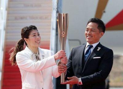 La llama olímpica llegó a Japón