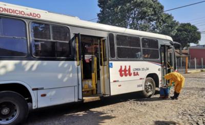 HOY / Transportistas evalúan parar el servicio por al menos diez días