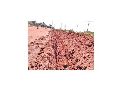 Con excavaciones buscan evitar ingreso de personas del Brasil a Ypejhú
