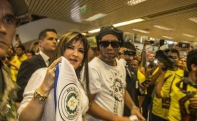 Caso Ronaldinho: Solicitan orden de captura internacional para Dalia