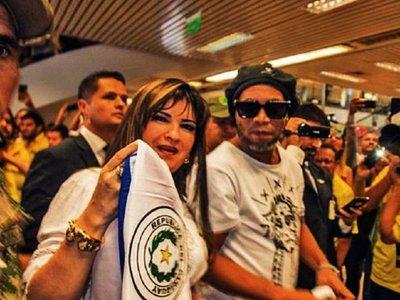 Caso Ronaldinho: Fiscalía pide orden de captura internacional para Dalia López