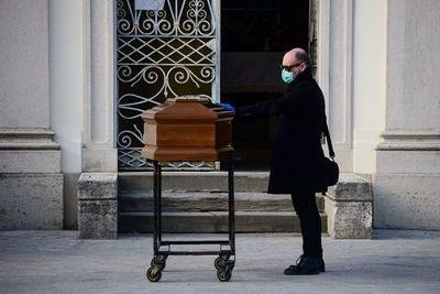 Funerales en la estricta intimidad, una dolorosa consecuencia del confinamiento