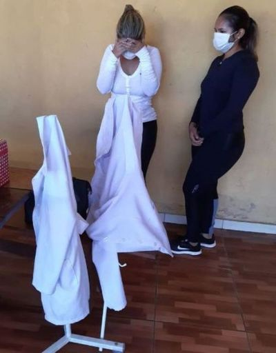 Ofrecían vacunas contra el coronavirus con uniforme de la Universidad Central del Paraguay