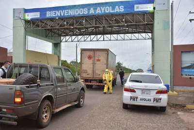 Misiones: cerraron los accesos a Ayolas