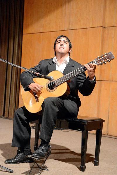 """""""Estaciones"""", el nuevo periplo guitarrístico de Juan Duarte"""