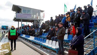 Bielorrusia comenzó su torneo y con público en los estadios
