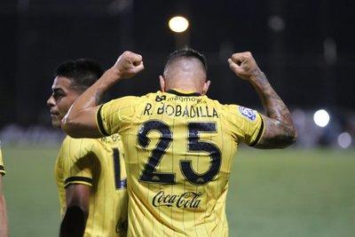 Raúl Bobadilla seguiría en Guaraní