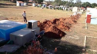 Temor por coronavirus deriva en inconvenientes en cementerio luqueño •