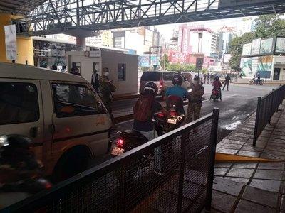 Gobierno ordenó cerrar todas las fronteras, incluso a paraguayos