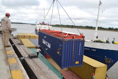BID: Exportaciones de América Latina caen tras dos años de expansión