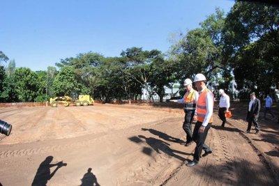 Arranca construcción de hospitales