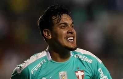 """VIDEO: Futbolista vino a Paraguay porque """"en Brasil está fea la cosa"""""""