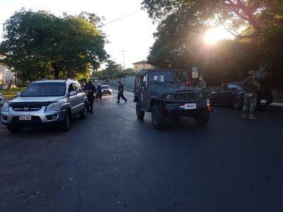 """Policía pide a sus agentes evitar """"deslices"""" durante cumplimiento de la cuarentena"""