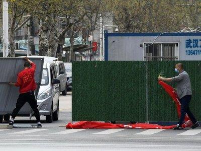 Ciudad china de Wuhan vuelve a la normalidad, pero pandemia no afloja