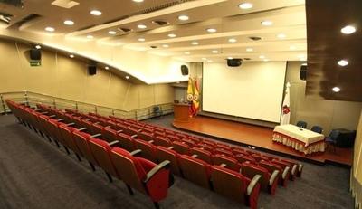HOY / Universidades privadas anuncian tolerancia en cuotas