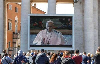 Francisco, un Papa online ante la pandemia del Covid-19