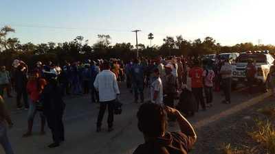 Pobladores de Carmelo Peralta exigen parar con obras o tomar medidas urgentes