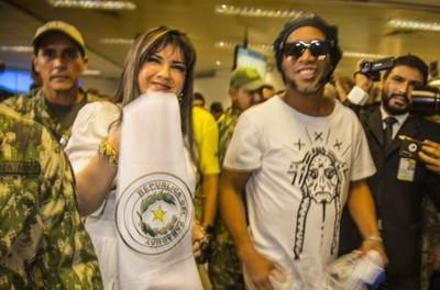 Caso Ronaldinho: juez no dio trámite a la apelación de Dalia López