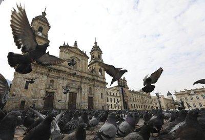 Colombia y Panamá inician cuarentena por coronavirus