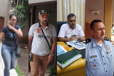 Policías se burlan de la justicia y siguen libres