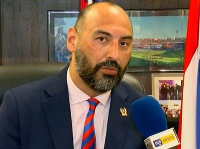 Raúl Zapag ve difícil la reanudación del torneo en abril