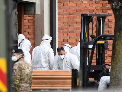 COVID-19: Víctimas de la pandemia ascienden a más de 8.000 en Italia