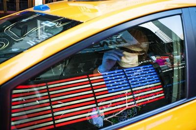 Cien muertos por COVID-19 en un día en Nueva York
