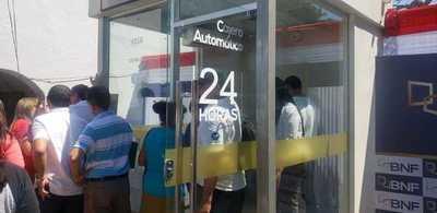 Recomiendan extremar medidas en cajeros automáticos