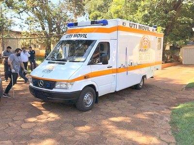 Muni de CDE entregó una ambulancia