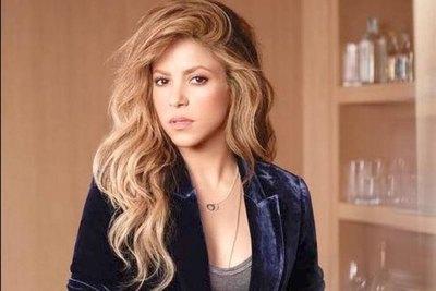 Shakira fabrica ¡alcohol en gel! para toda España
