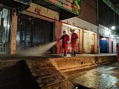 Municipalidad de Asunción realiza desinfección de Mercado de Abasto