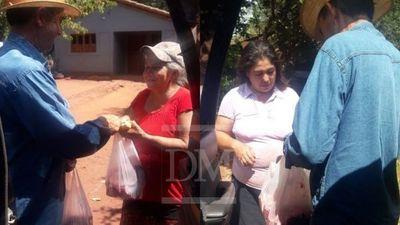 Santa Rosa; celebró su cumpleaños repartiendo carne a sus vecinos