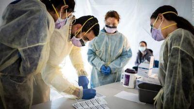 La FDA acelera el uso de un tratamiento de plasma sanguíneo contra coronavirus