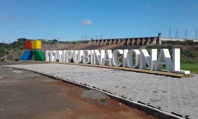 Directivos de Itaipú y Yacyreta aportan sus salarios