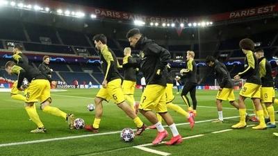 HOY / El Dortmund alemán opta por volver a los entrenamientos