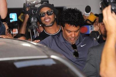 Ronaldinho, jugador 'Clase A' de piki y también voleibol en la Agrupación