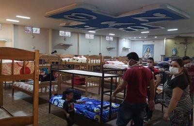 Paraguayos en cuarentena atemorizados por hacinamiento
