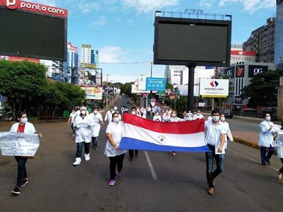 Paraguayos que sobreviven en medio de cuarentena y crisis económica