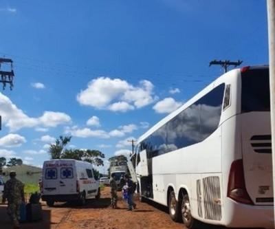 Covid-19: unas 42 personas fueron trasladadas a modo de descomprimir casa de retiro en CDE