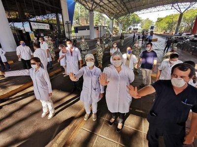 Covid-19: Médicos piden que ya no ingresen paraguayos por el Puente de la Amistad