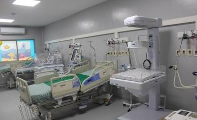 HOY / Salud habilitará 300 camas más para el sector público con lo que duplicará capacidad