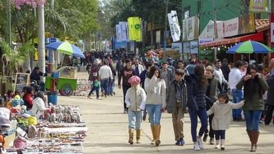 Postergan Expo de Mariano Roque Alonso