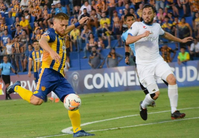 Luqueño, el que más remató al arco hasta ahora en la Sudamericana 2020
