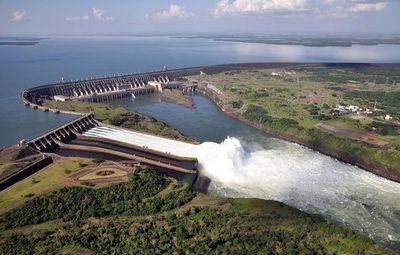 Sindicalistas de Itaipú amenazan con parar la hidroeléctrica si tocan sus salarios