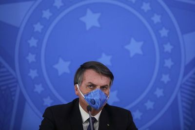 Izquierda brasileña pide renuncia de Bolsonaro por gestión ante el coronavirus